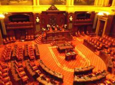 Snoeien in de Senaat